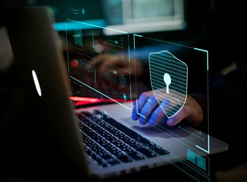 kejahatan dunia maya dan teknologi gambar 2